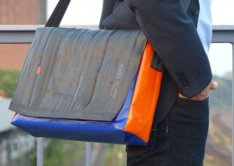 tjuub Bikebag L orange blue_kleiner